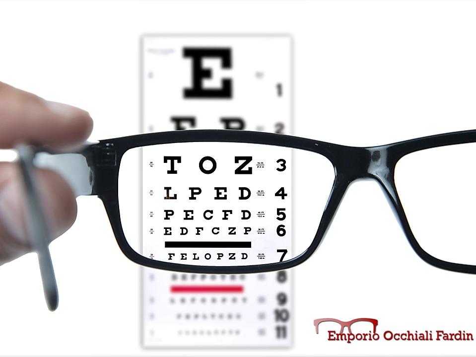 7 consigli per la manutenzione degli occhiali da vista fardin